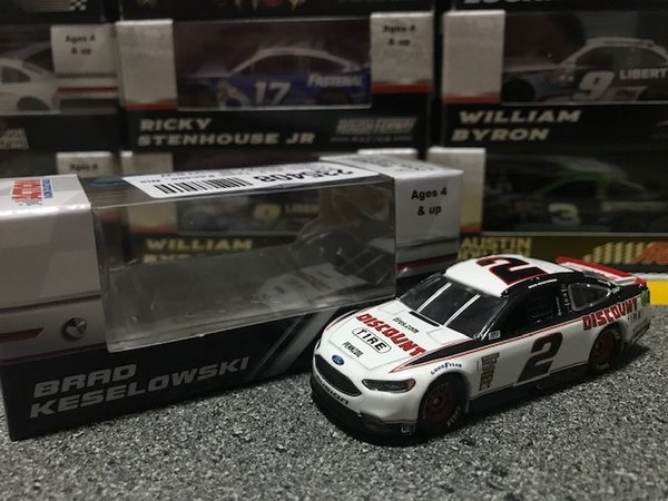 Lionel Racing Nascar Brad Keselowski #2 Ford Fusion 2018 Discount tire
