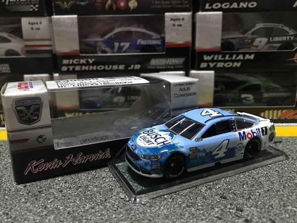 Lionel Racing Nascar Kevin Harvick #4 Ford Fusion 2018 Mobil1 Busch Light