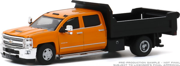 46040-B 1:64 Dually Drivers 2017 Chevrolet Silverado 3500 Dually Dump Truck - Orange and Black