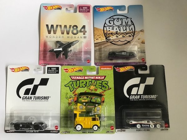 Hot Wheels 1:64 Retro Entertainment ''T'' Case - Set of 5 Cars - Real Riders DMC55-956T